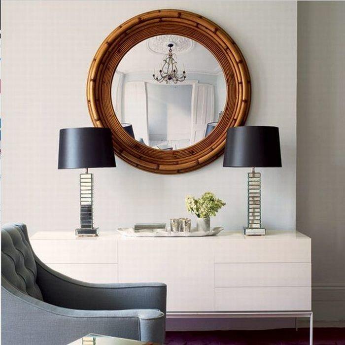 """Круглое зеркало в золотой раме в прихожей"""" - карточка пользо."""