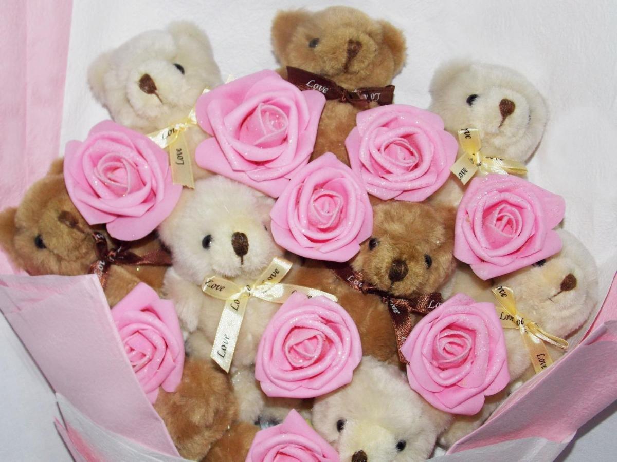 Мороз, картинки с днем рождения с мишками и цветами