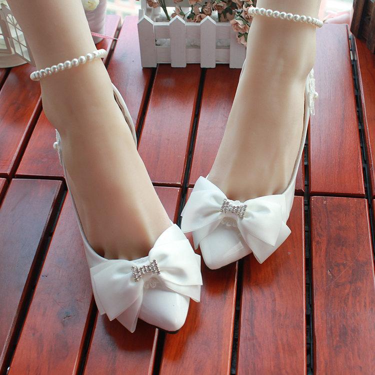Свадебная обувь для невесты без каблука