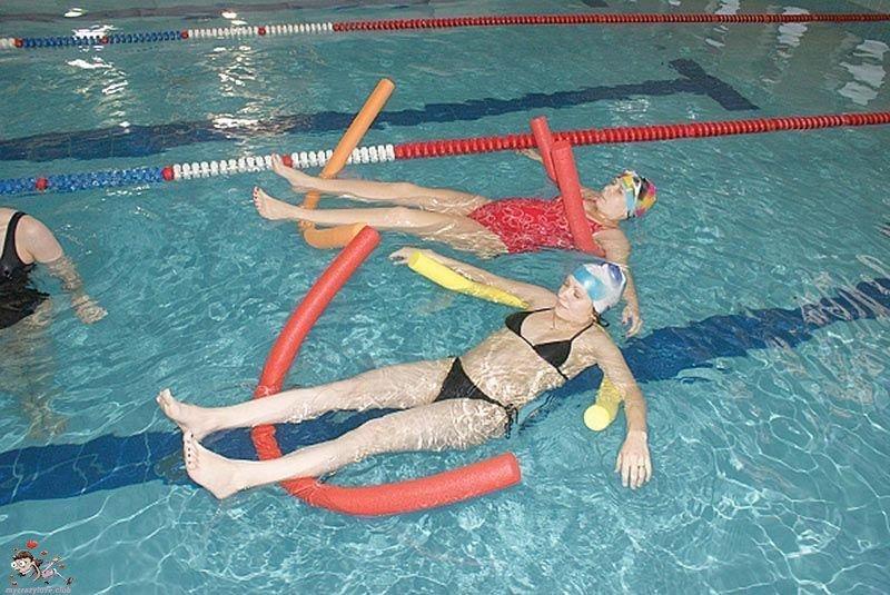 Бассейн упражнения от остеохондроза в воде