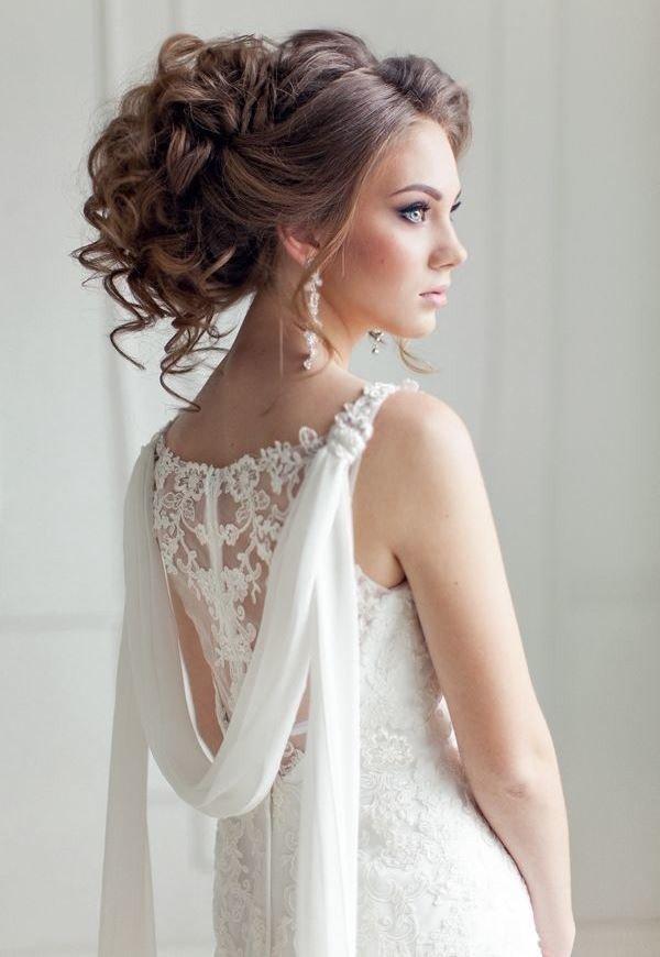 Прическа свадебная высокая