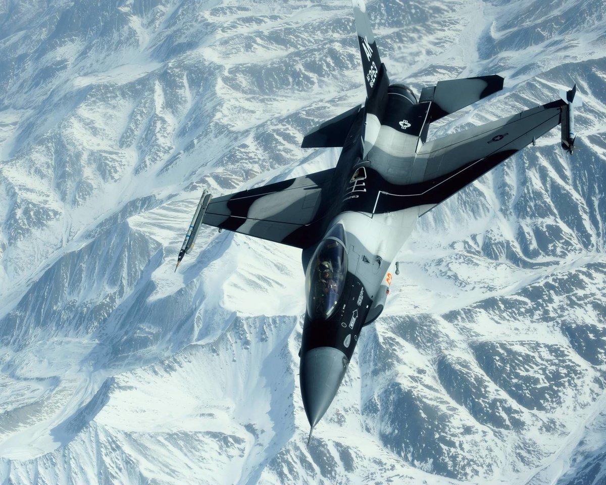 фото военных самолетов на телефон очень