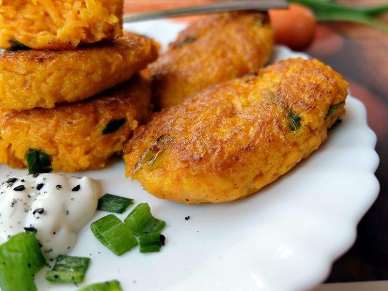 Оладьи из моркови рецепт с фото пошагово