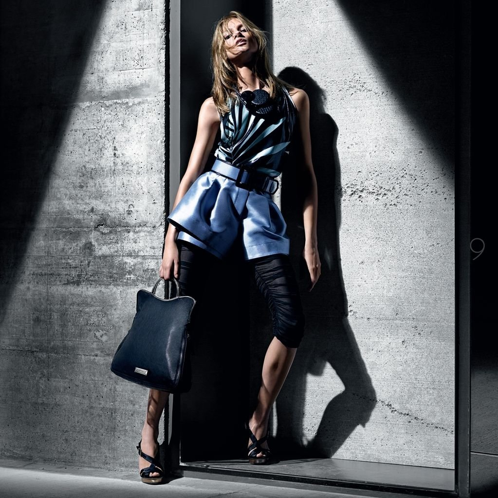 застройки склонов работа фотомоделью для рекламы одежды в москве нагрудных