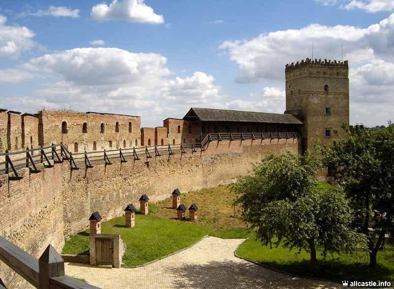 Замок Любарта, внутри
