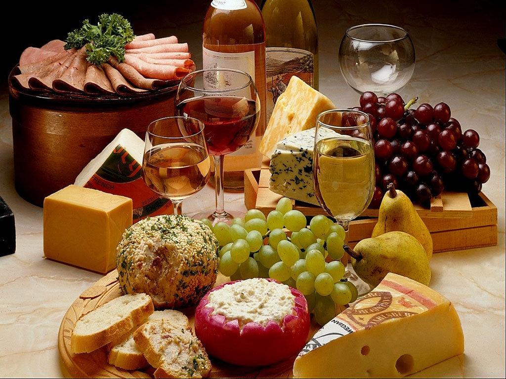 Игру, открытки накрытый стол с вином и едой