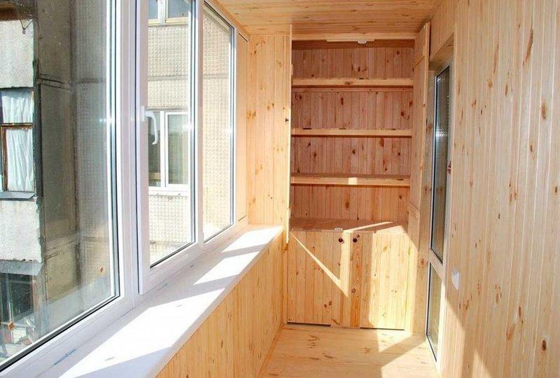 Шкафы для балконов и лоджий – 25 фотографий