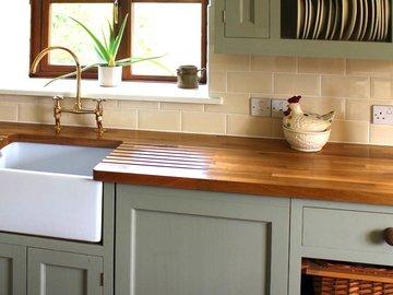 Идеи дизайна маленькой кухни — в Яндекс.Коллекциях. Смотрите фотографии маленьких кухонь с современным интерьером
