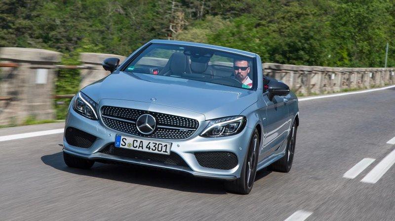 Mercedes знает толк воткрытых автомобилях, иновый С-кабриолет– очередное тому подтверждение