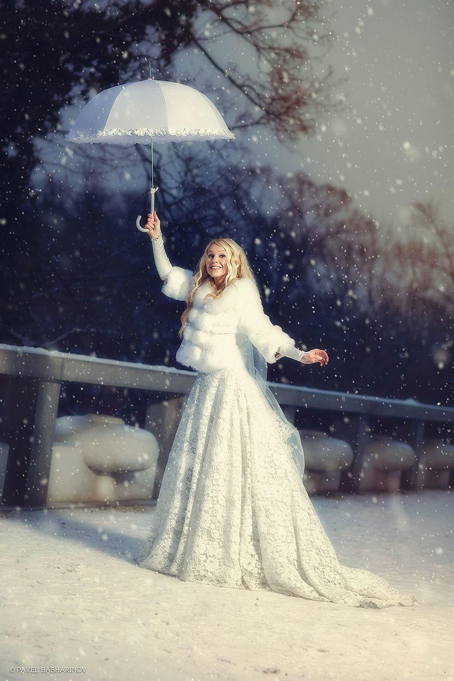 нередко путаются свадьба зимой фотосессия с зонтом люди осознают, что