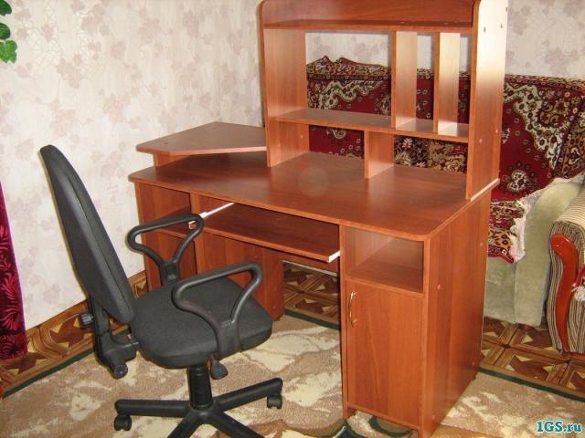 """Компьютерный стол из дсп """" - карточка пользователя kollince ."""