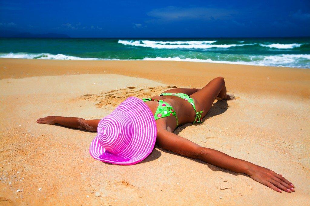 Пляжные картинки с девушками