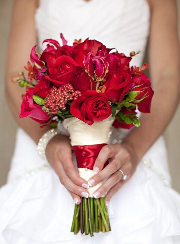 Свадебные букеты с красными цветами фото, невесты купить екатеринбург