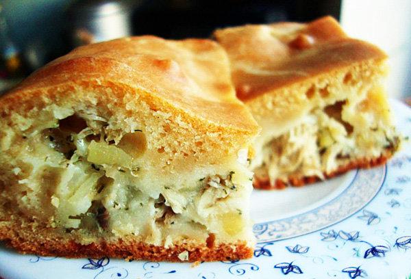 заливное тесто на кефире для пирога с капустой