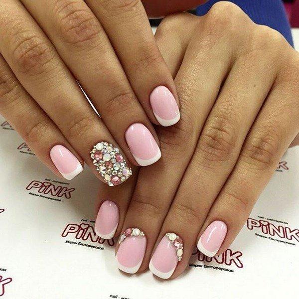 Френч розовый на короткие ногти