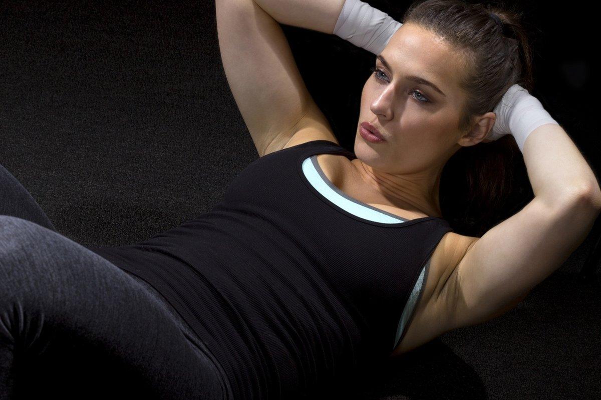 Смотреть горячие спортсменки, Порно со спортсменками, секс с голыми гимнастками 15 фотография