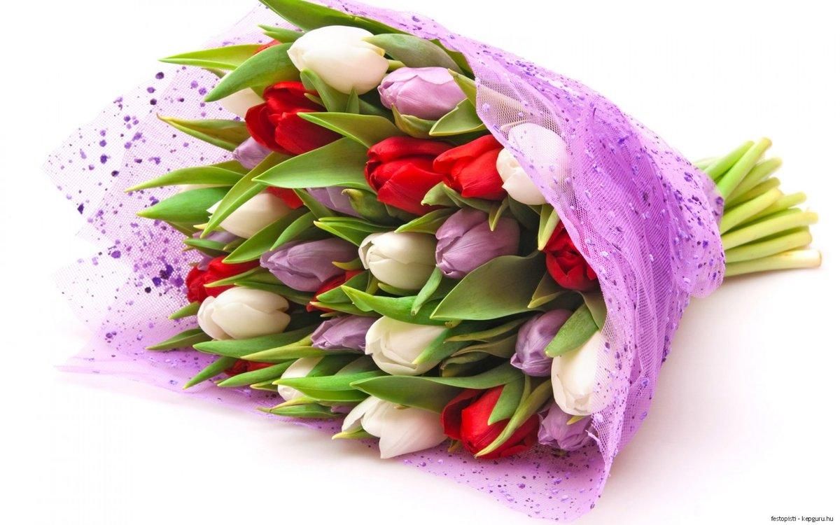 Красивые букеты из тюльпанов на 8 марта фото