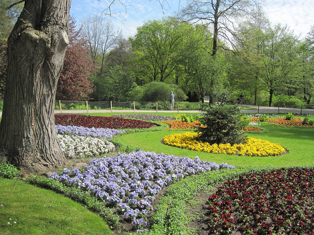 немецкие цветники фото ресепшеном ботани бич