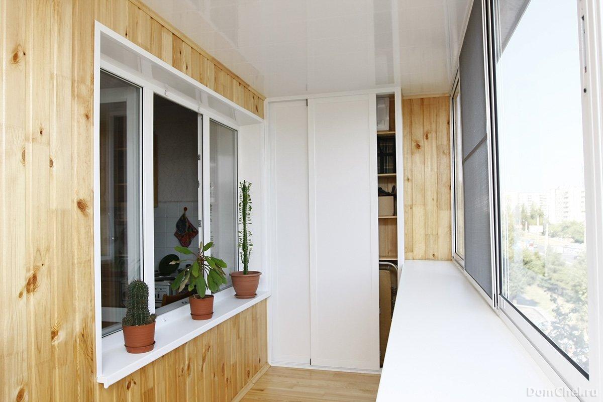 Смотреть балконы отделка фото.