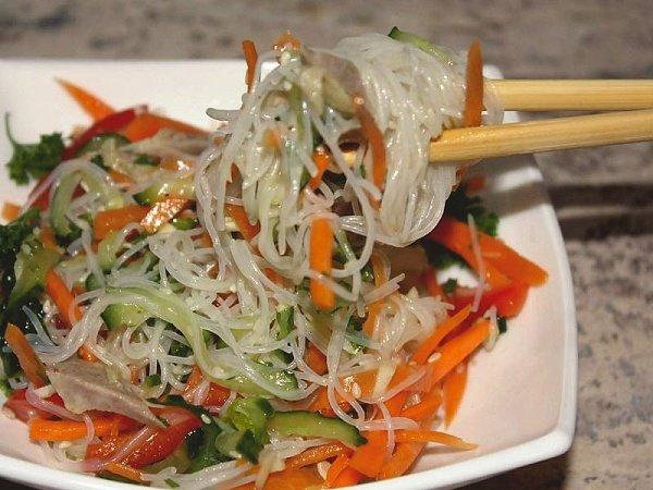 Салаты по-корейски из овощей и мяса