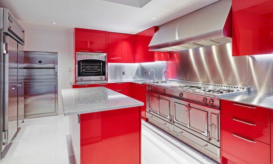 видеть самые красивые кухни красные фото нас