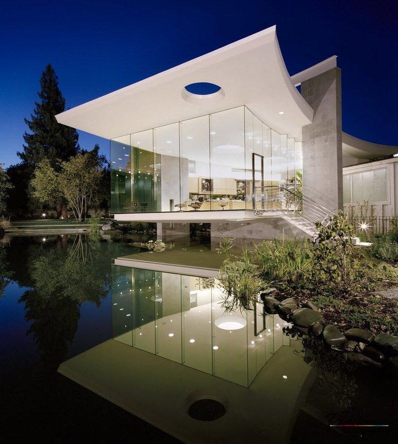 Такие строения имеют очень современный вид. Они очень эффектны и необычайно притягательны. .