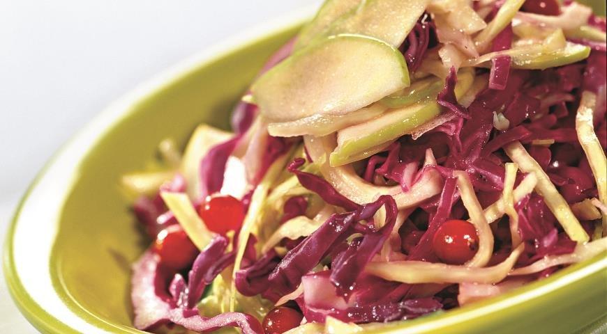 салат из капусты белокочанной и краснокочанной
