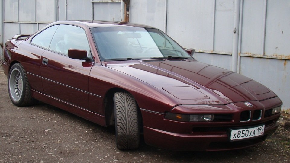 BMW 8 series (E31) 1989 года\