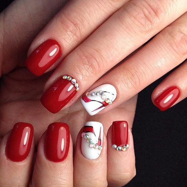 Красные ногти нарощенные