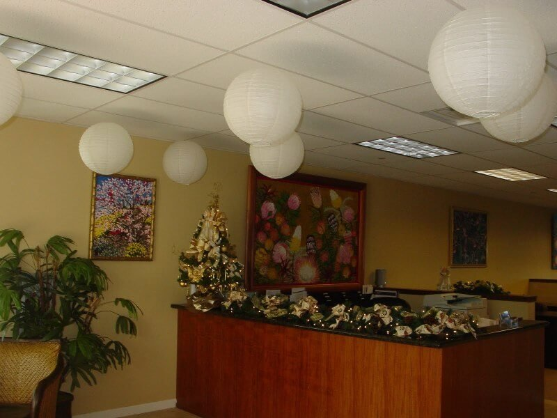 Картинка украшенный офис