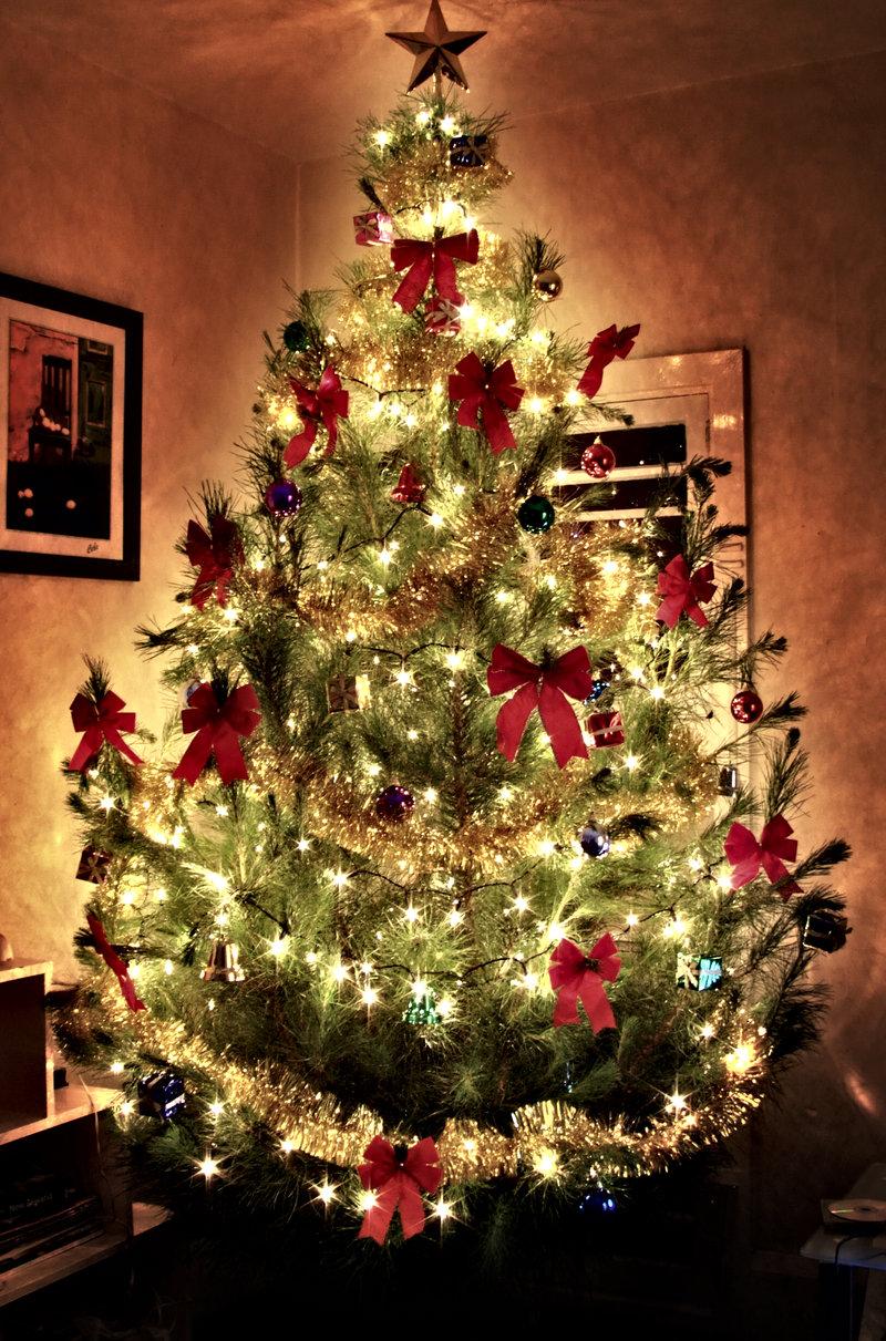 Картинки по запросу нарядная елка