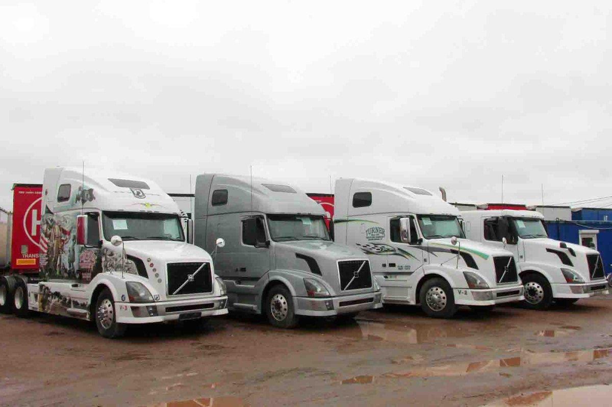 грузовики американец фото вольво