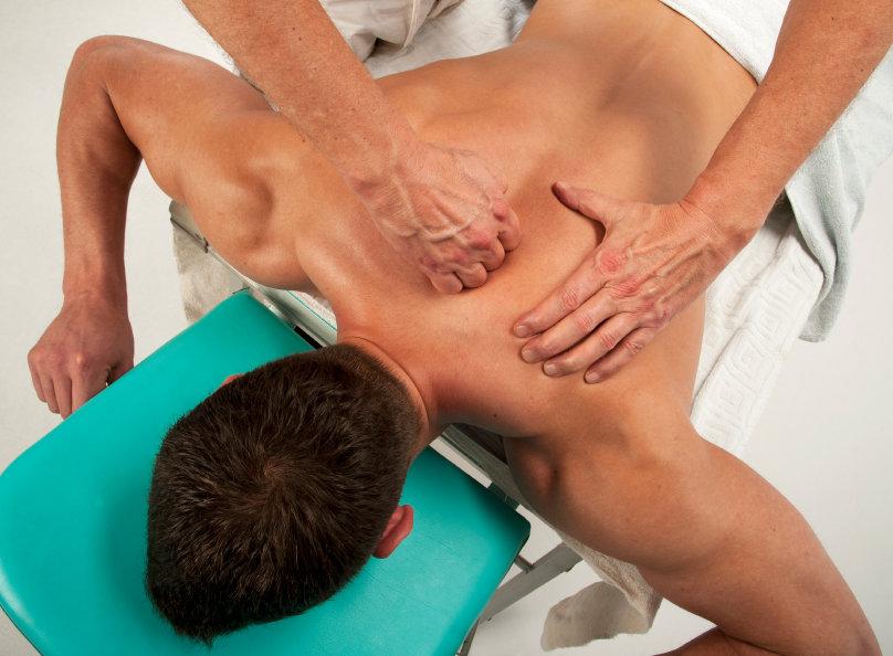 кто может делать медицинский массаж