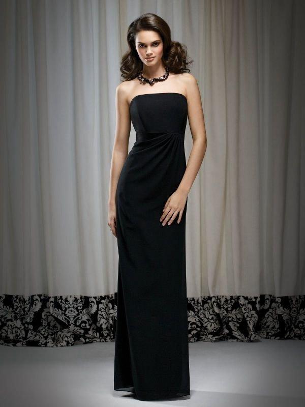 Черное гладкое платье