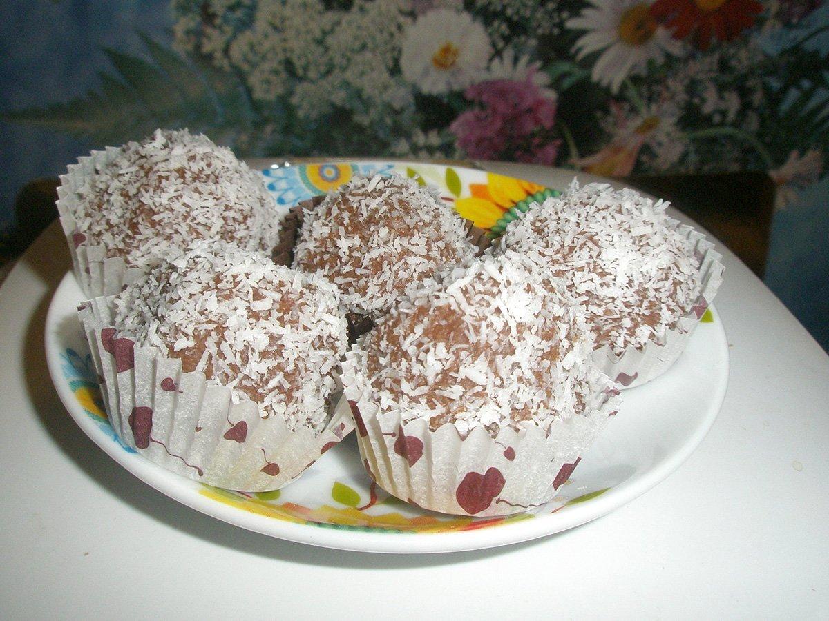 Шарики на сгущенном молоке рецепт с фото что еды