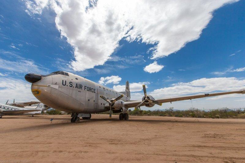 самолёт C-124 Globemaster II