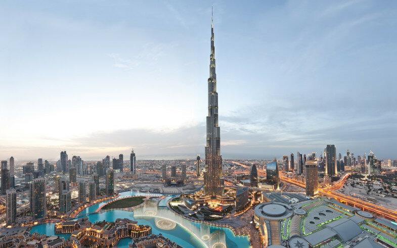 Burj Dubai — самое высокое в мире строение, разработанное Skidmore, Owings and Merrill. Располагается в Дубаях (ОАЭ). На официальной церемонии открытия было переименовано в Бурдж Халифа в честь шейха и одновременно президента ОАЭ Халифа ибн Заид ан-Нахайян.