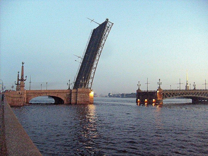 просторное разводка литейного моста спб клуб