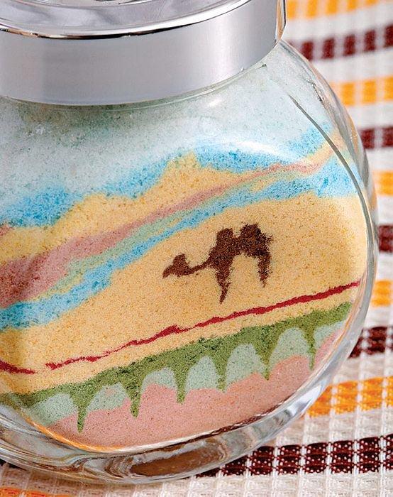трое пациентов что делают из цветного песка картинки компании друзей, несмотря