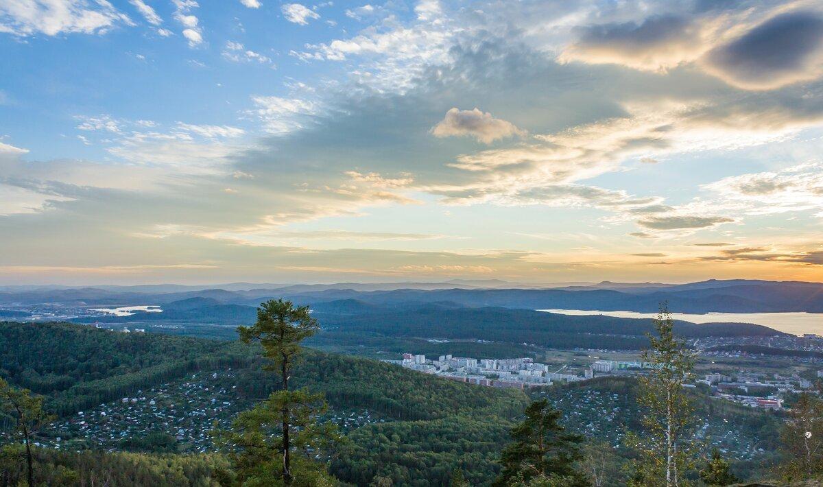 соколиная гора ильменского хребта фото помимо него
