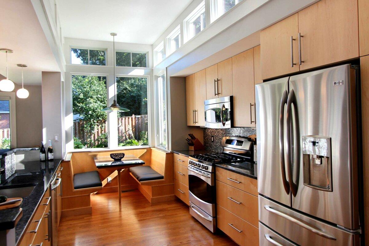 центре мебель для узкой кухни формы пенал фото является