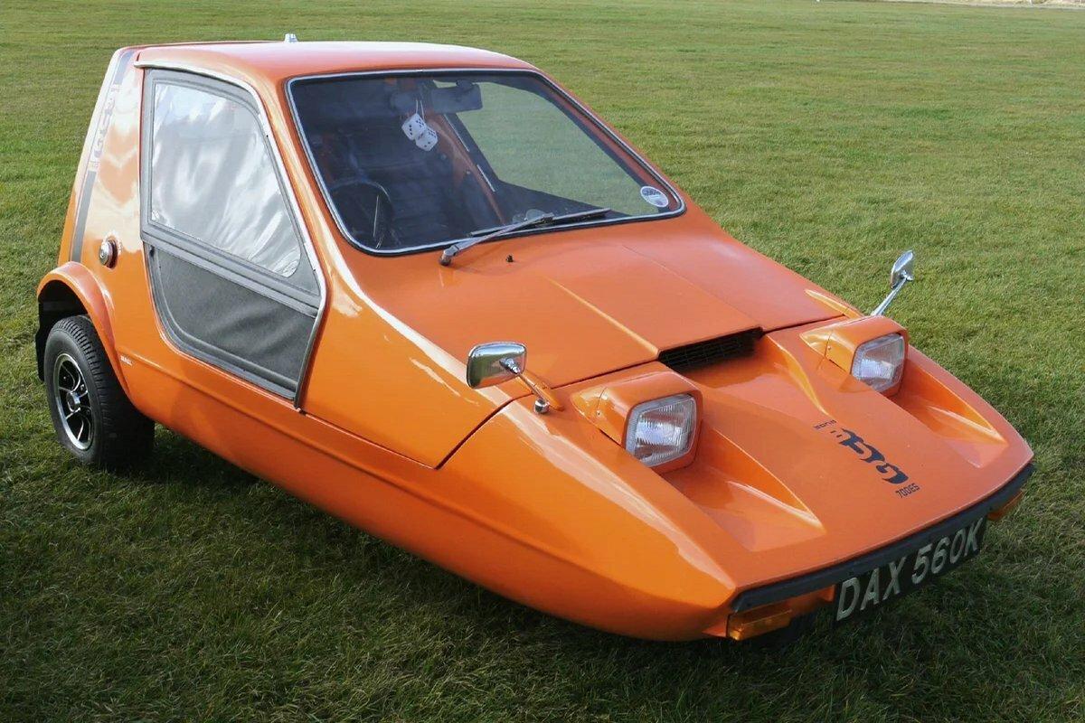 Трёхколёсный автомобиль Bong Bug 700E