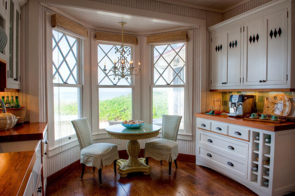 кухни вдоль окна в английском стиле фото помощью