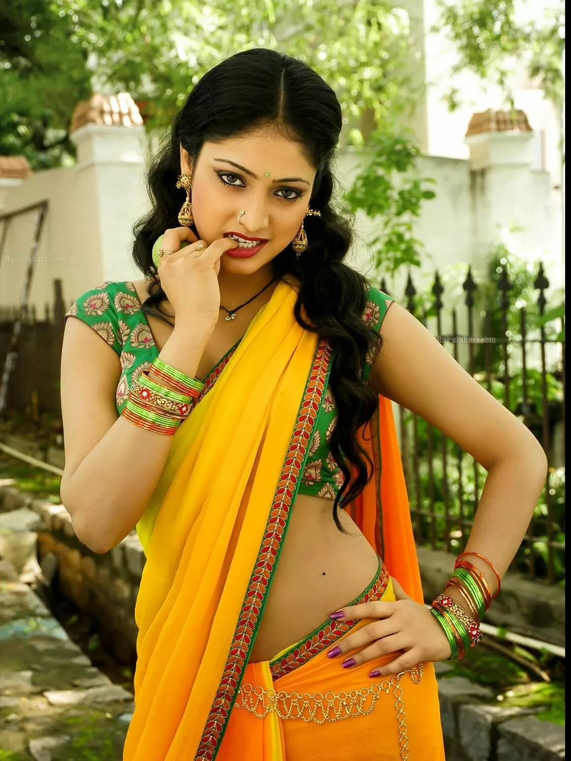 Why are tamilian girls so beautiful