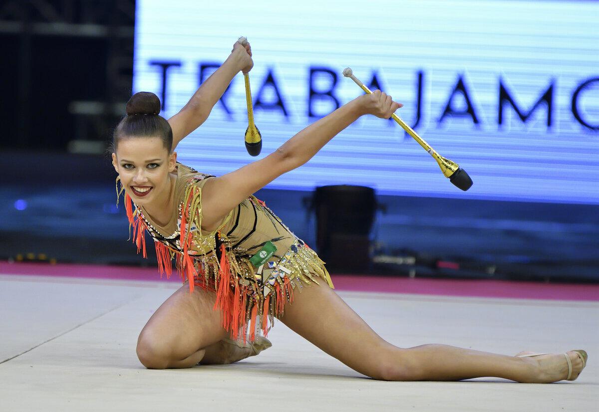 лучшие русские художественные гимнастки фото половинки лобковой