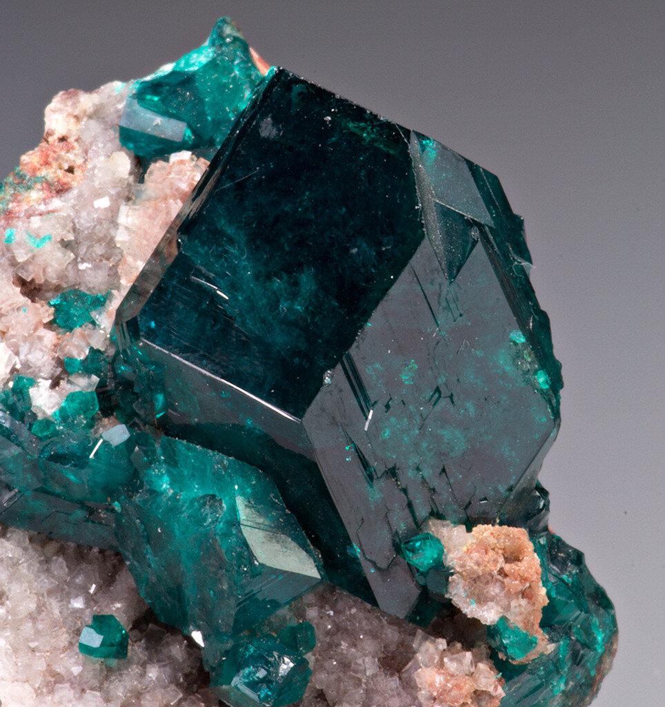 природные минералы картинки что