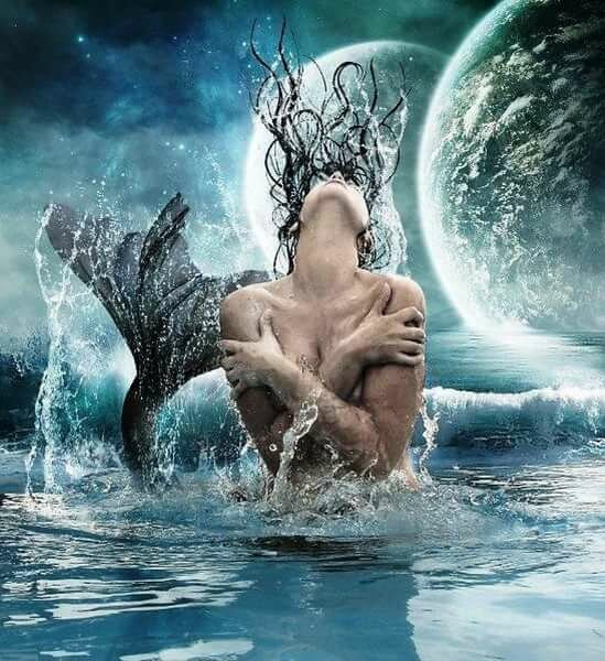 необходимо картинки воды в виде мужчины кубик больше