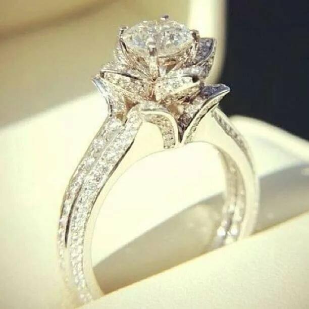 случае самое дорогое свадебное кольцо в мире фото макларен заявил, что
