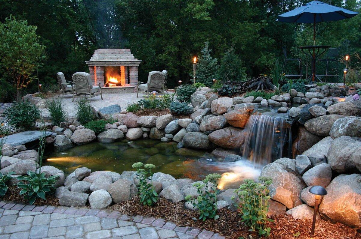 Фото садового водопада