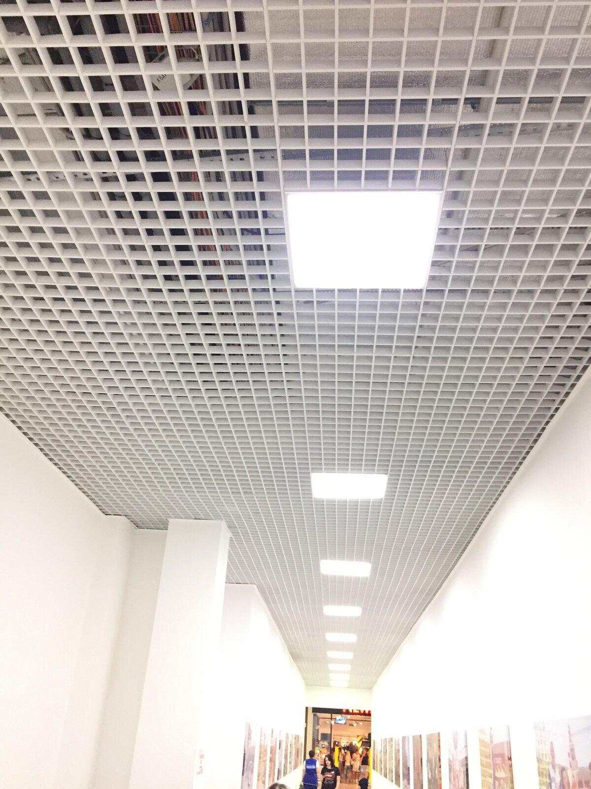 Потолок грильято фото №11